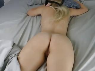 La despierta con una cogida y corrida interna